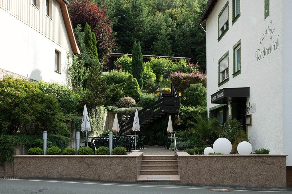 sonnige-Terrasse